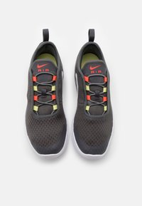 Nike Sportswear - AIR MAX MOTION 2 - Instappers - iron grey/bright crimson/limelight/white - 3