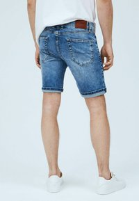 Pepe Jeans - CANE - Denim shorts - blue - 2
