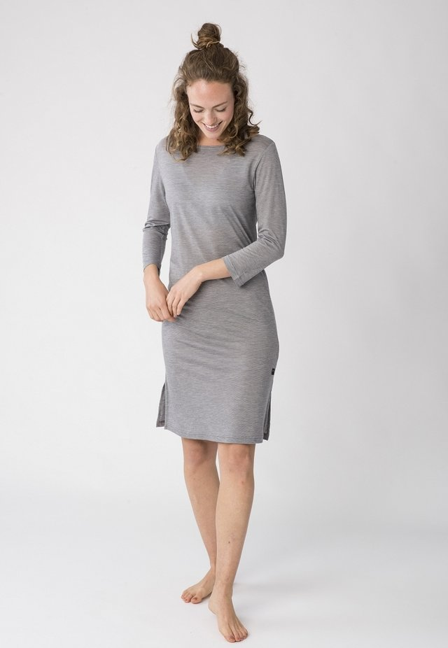 BARB - Sports dress - silver/grey