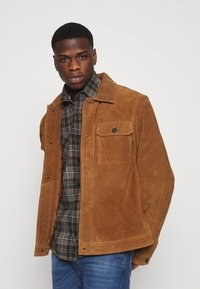 Good For Nothing - CHECK - Shirt - brown - 3
