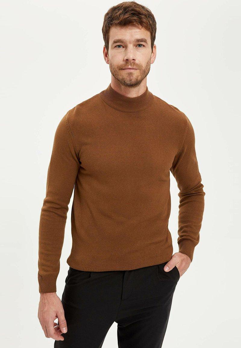 DeFacto - Stickad tröja - brown