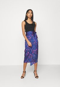 Never Fully Dressed - SPLICE FLORAL WRAP JASPRE - Pencil skirt - multi - 1