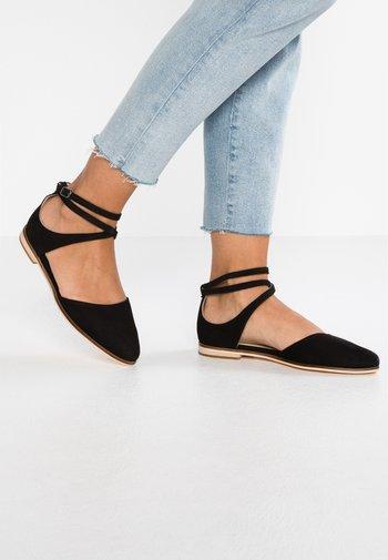 LEATHER ANKLE STRAP BALLET PUMPS - Ankle strap ballet pumps - black