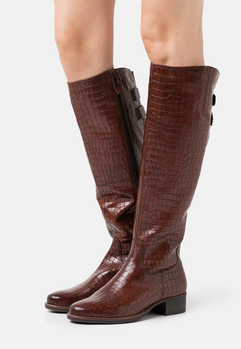 Tamaris - Vysoká obuv - mahogany