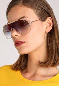 Ray-Ban - Sluneční brýle - gold-coloured - 4