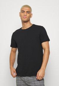 Burton Menswear London - 3 PACK - T-shirt - bas - black - 1