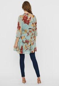 Vero Moda - VMWONDA TUNIC - Day dress - jadeite 1 - 2