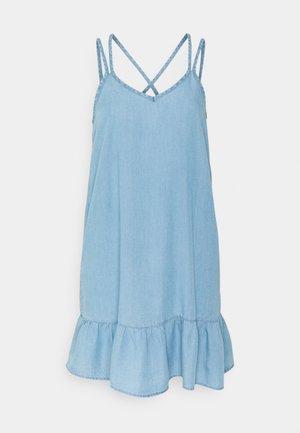 VMVIVIANA DRESS - Denim dress - light blue denim