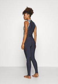 Roxy - MARINE BLOOM LONG - Swimsuit - dark navy/allure/sulphur - 2