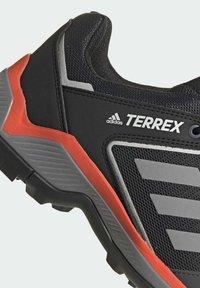 adidas Performance - TERREX EASTRAIL WANDERSCHUH - Outdoorschoenen - grey - 9