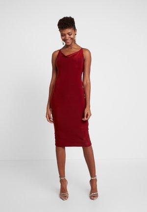 Vapaa-ajan mekko - rust