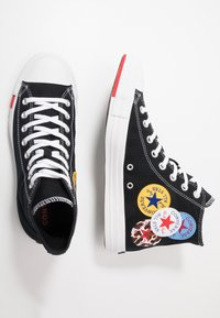 Converse - CHUCK TAYLOR ALL STAR - Høye joggesko - black/university red/amarillo - 1