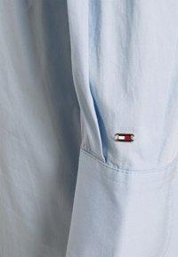 Tommy Hilfiger - MIDI DRESS  - Shirt dress - breezy blue - 3