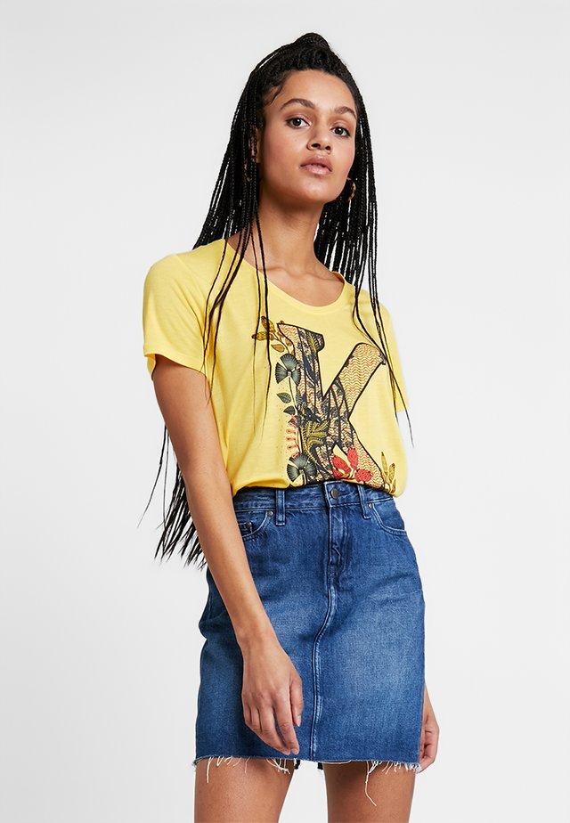 FRERE - Print T-shirt - lime