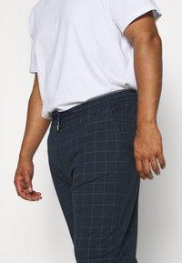 Jack´s Sportswear - CLUB PANTS ELASTIC WAIST - Tracksuit bottoms - blue - 4