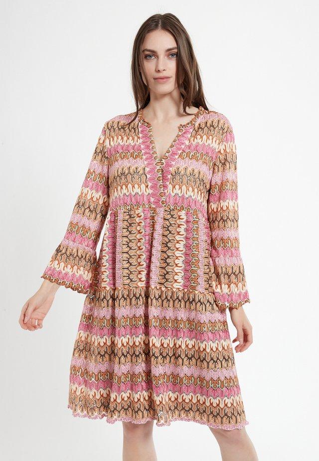 CILEA - Gebreide jurk - rosa