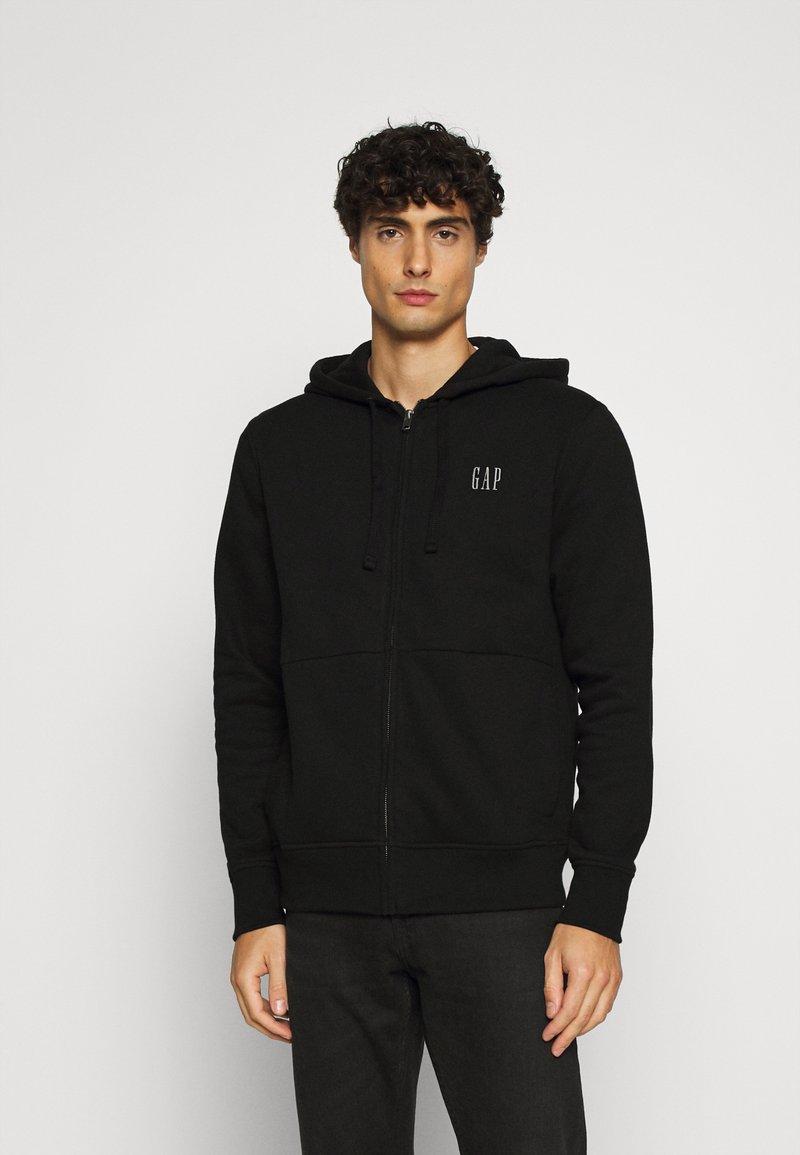 GAP - MICRO LOGO - Zip-up hoodie - true black