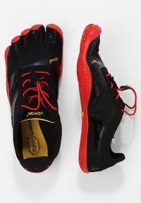 Vibram Fivefingers - KSO EVO - Obuwie do biegania neutralne - black/red - 1