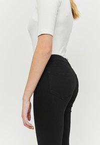 TALLY WEiJL - Jeans Skinny Fit - black - 3