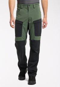 Haglöfs - Outdoor trousers - fjell green/true black - 0