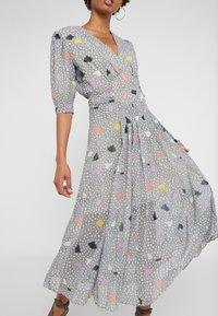 Three Floor - DADA DRESS - Vestido informal - off white/black - 5
