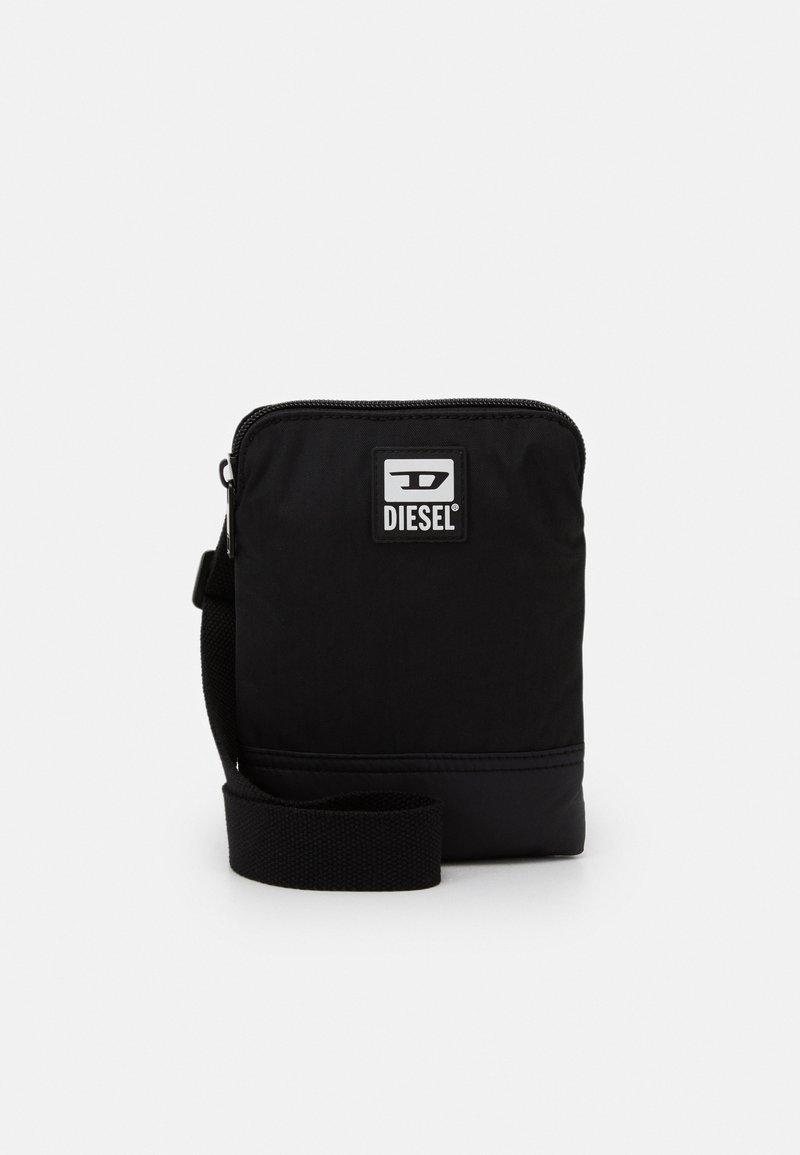 Diesel - BULERO - Taška spříčným popruhem - black