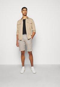 Mason's - LONDONSUMMER - Shorts - beige - 1