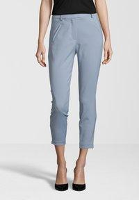 Fiveunits - HOSE ANGELIE ZIP - Trousers - light blue - 0