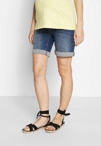 LOVE2WAIT - Denim shorts - stone wash - 0
