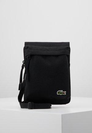 NECKLACE WALLET - Across body bag - black