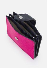 Lauren Ralph Lauren - CROSSHATCH CARD - Peněženka - nouveau bright pink - 2