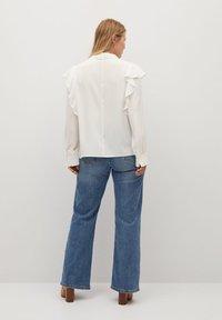 Violeta by Mango - LINDA - Button-down blouse - gebroken wit - 2
