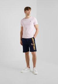 Polo Ralph Lauren - Pantalon de survêtement - cruise navy - 1