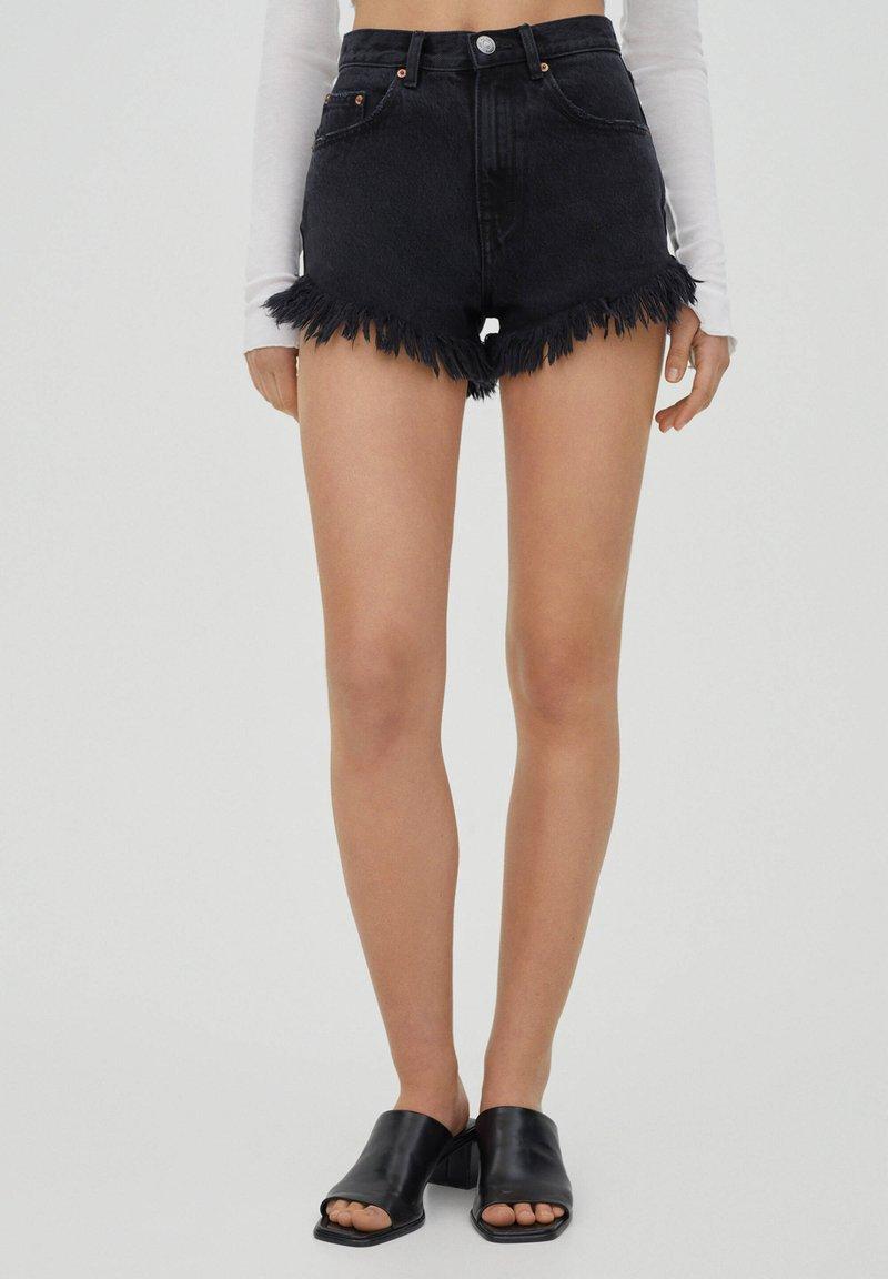 PULL&BEAR - Shorts di jeans - dark grey