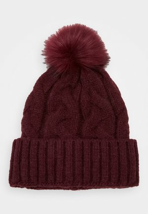Beanie - dark red