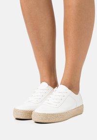 Anna Field - Casual lace-ups - white - 0