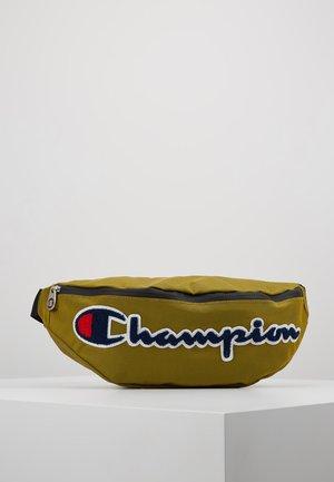 BELT BAG ROCHESTER - Taška spříčným popruhem - dark yellow