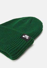Nike SB - BEANIE FISHERMAN UNISEX  - Beanie - gorge green - 2