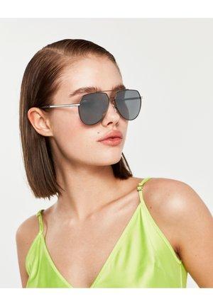 SHADOW POLAR - Sunglasses - black