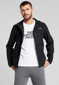 The North Face - NIMBLE HOODIE - Softshellová bunda - black - 0