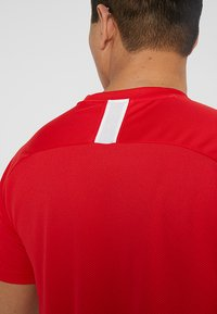 Nike Performance - DRY ACADEMY - T-Shirt print - university red/white - 4