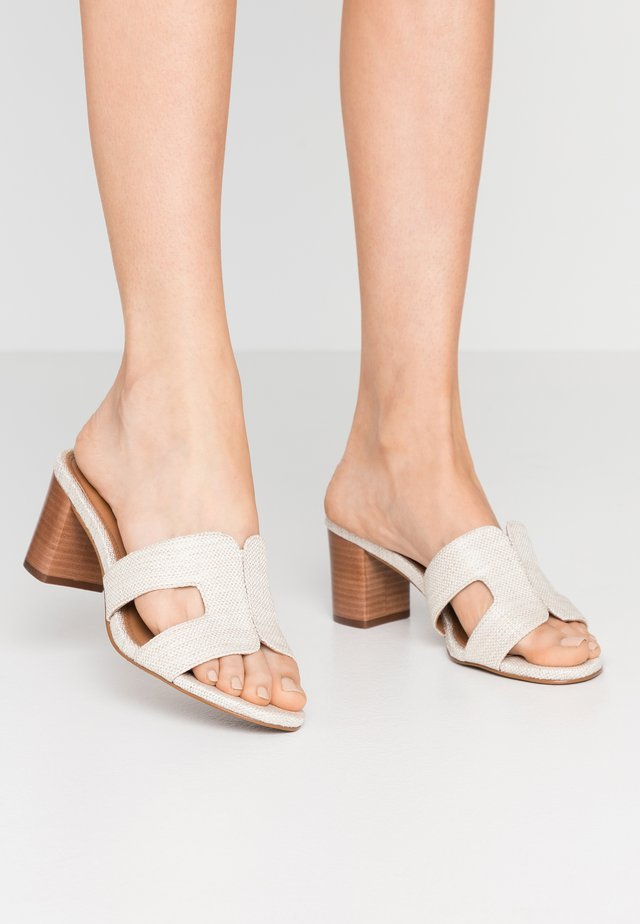 JOUPE - Heeled mules - natural