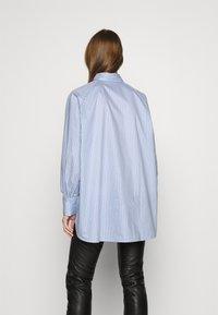 EDITED - ELISE - Button-down blouse - blau - 2