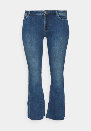 PCKAMELIA  - Flared Jeans - medium blue denim
