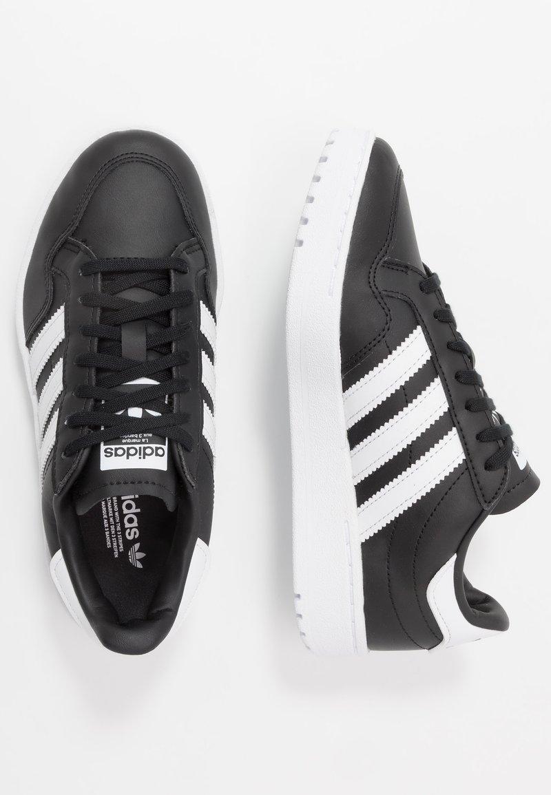 adidas Originals - TEAM COURT  - Trainers - core black/footwear white