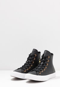 Converse - CHUCK TAYLOR ALL STAR - Sneakers alte - black/gold/white - 4