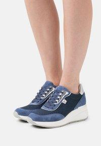 Tata Italia - VENERE  - Sneakers laag - blu - 0