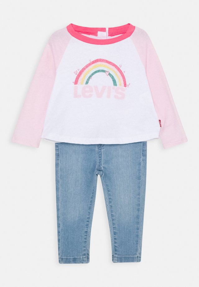 COLORBLOCK RAGLAN SET - Straight leg jeans - white