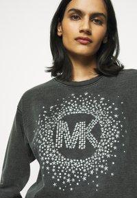 MICHAEL Michael Kors - ACID STAR STUD - Sweatshirt - black - 3