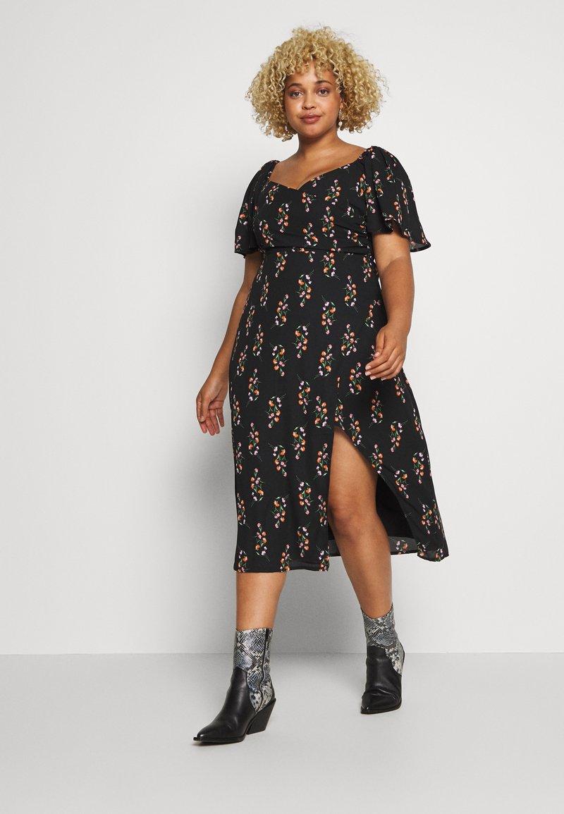 Fashion Union Plus - FLORAL WRAP FRONT MIDI DRESS - Denní šaty - black